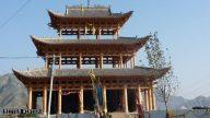 La nuova tattica per chiudere i templi? Sospendere i permessi