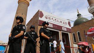 Essere cristiani nello Xinjiang: repressione e persecuzione