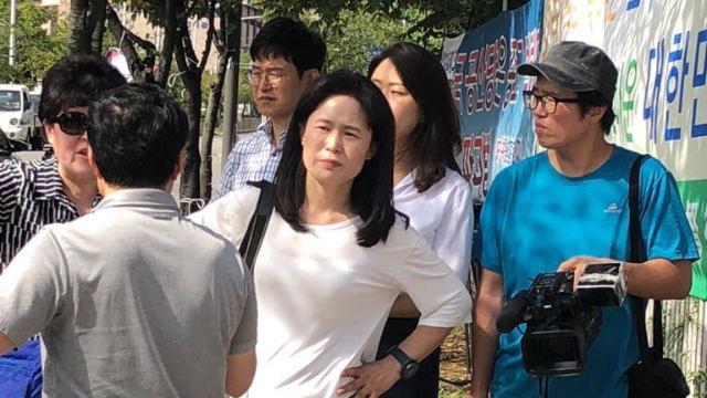 O Myung-ok durante le false dimostrazioni del settembre 2018